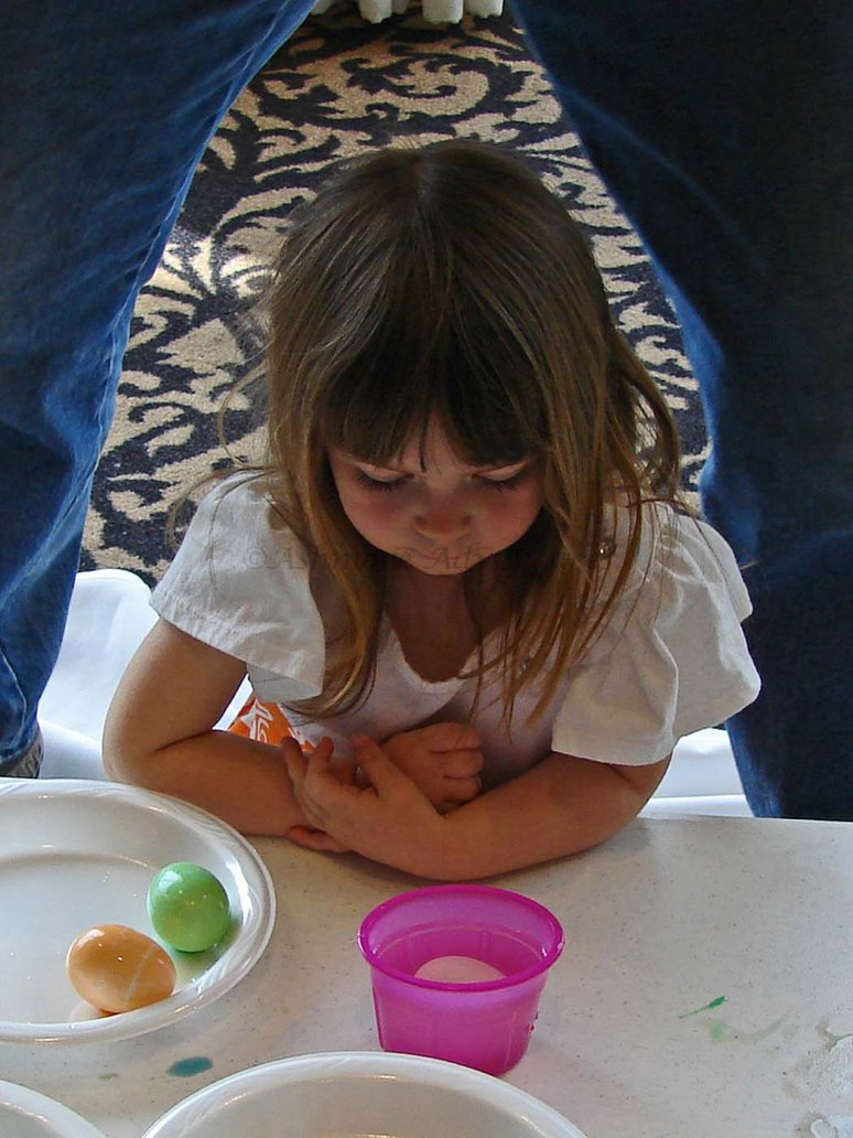 3/30/13 Dyeing Easter eggs