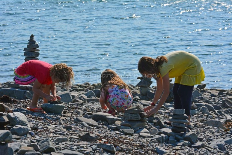 7/23/14 Building cairns on Bar Island.