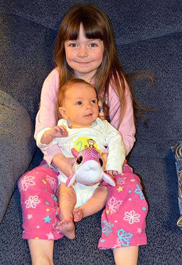 4-2-15 Amelia & Lucy 8wks